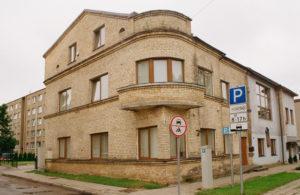 Buvęs aktorių bendrabutis P. Puzino g. (dabar Nr. 9). 2018 m. Fotogr. Stasio Povilaičio. JMC fondas