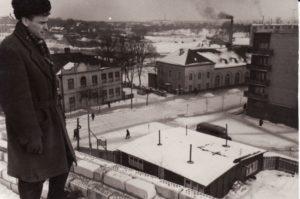 Panevėžio dramos teatro statyba; darbų vykdytojas Stanislovas Juodikis. Fotogr. Kazimiero Vitkaus. PAVB FKV-342/14