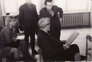 Pirmoji repeticija naujame teatre, Repeticijų salėje. 1967 12 6. Fotogr. Kazimiero Vitkaus. PAVB FKV-347/7