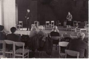 Pirmoji repeticija naujame teatre, Repeticijų salėje. 1967 12 6. Fotogr. Kazimiero Vitkaus. PAVB FKV-347/4