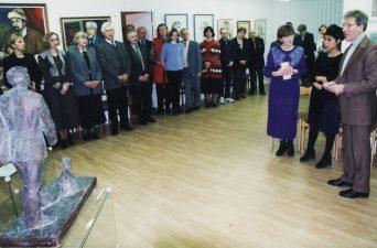 1998 m. lapkričio mėn. jau naujose patalpose įvyko kultūros ir meno atstovų susitikimas su Prancūzijos ambasados Lietuvoje kultūros atašė Corinne Micaelle