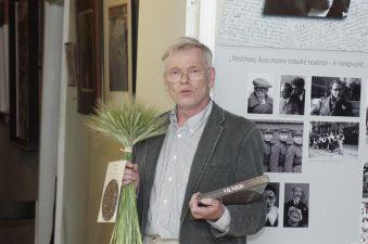 Minint aktorės Eugenijos Šulgaitės 90-metį. Aktorės sūnus Andrius Karka, 2013 m. Virginijaus Benašo nuotr.