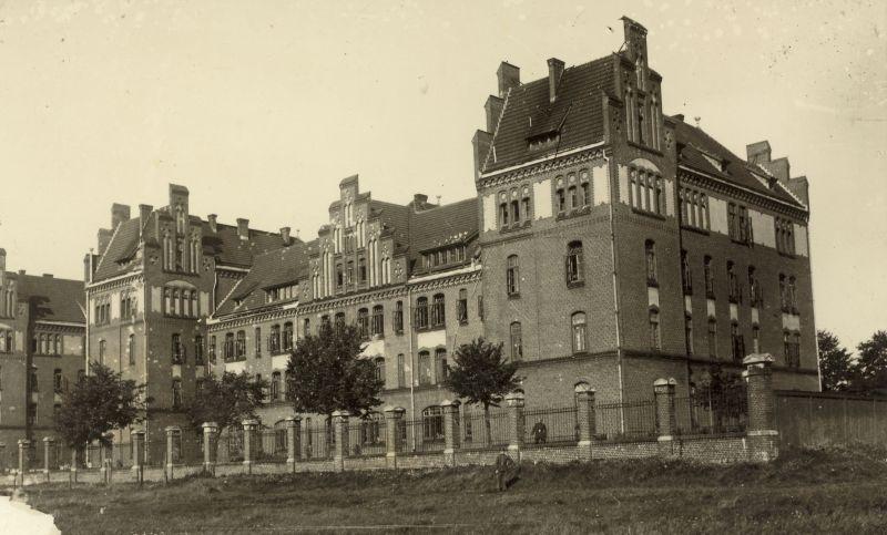 Lietuvos kariuomenės žemaičių kunigaikščio Butegeidžio 7-ojo pulko Klaipėdos įgulos pastatas. Apie 1934–1936 m.