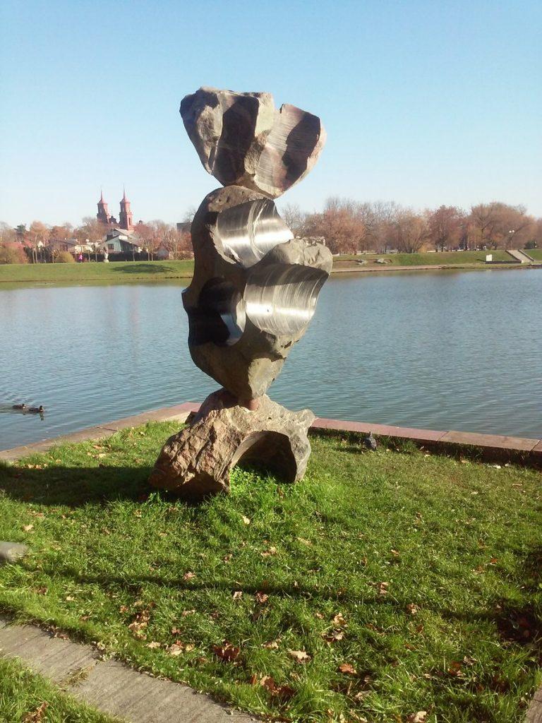 """Skulptūra """"Akmenų teatras"""". Gitanos Gritėnaitės nuotrauka"""