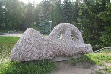 """Skulptūra """"Gulinti Amazonė"""". Aivaro Neimonto nuotrauka"""