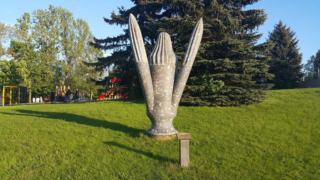 """Skulptūra """"Gyvybės medis"""". Malvinos Zimblienės nuotrauka"""