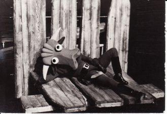 """Kazys Saja """"Devynbėdžiai"""" (rež. V. Blėdis), 1974 m. Rudolfas Jansonas - Klemensas, bulius. Fotogr. K. Vitkaus. PAVB FKV-206/10-1"""