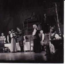 """Vincas Krėvė """"Žentas"""" (rež. J. Dautartas), 1983 m. Gražina Urbonavičiūtė - Skylienė, Kazimieras Vitkus - Gaidulionis, Rima Šataitė - Marytė, Rudolfas Jansonas - Ringelė, Eugenija Šulgaitė - Kalvaitienė, Vaclovas Blėdis - Kalvaitis, Henrika Hokušaitė - Mačiulienė, Rimantas Teresas - Merūnas. Fotogr. K. Vitkaus. PAVB FKV-236/1-7"""