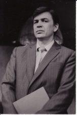 """Semionas Zlotnikovas (Семён Злотников) """"Ketvirtą parą, jam dingus"""" (rež. A. Pociūnas), 1987 m. Rudolfas Jansonas - Tardytojas Mansurovas. Fotogr. K. Vitkaus. PAVB FKV-254/15-1"""