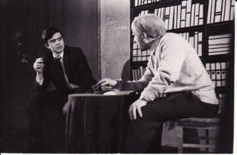"""Juozas Grušas """"Pražūtingas apsvaigimas"""" (rež. V. Blėdis), 1967 m. Rudolfas Jansonas - Julius, Juozas Jučas - Juliaus tėvas. Fotogr. K. Vitkaus. PAVB FKV-187/19-1"""
