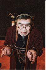 """Karlas Goldonis (Carlo Goldoni) """"Kjodžos kivirčai' (rež. R. Teresas), 2002 m. Rudolfas Jansonas – Padronas Vinčencas"""