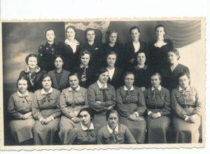 Panevėžio moterų šaulių būrys. XX a. 4 deš. Nuotrauka iš Panevėžio kraštotyros muziejaus rinkinių