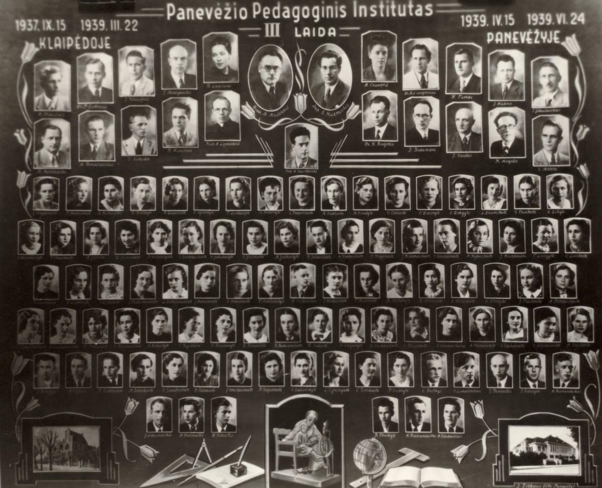 1. Panevėžio pedagoginio instituto III laidos absolventai ir pedagogai. Nuotrauka iš Panevėžio apskrities G. Petkevičaitės-Bitės viešosios bibliotekos fondų