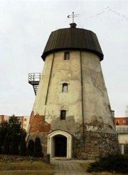 4. Rekonstruotas ir vėl apleistas Panevėžio malūnas, 2010 m. R. Kerbedienės nuotrauka iš kvr.kpd.lt