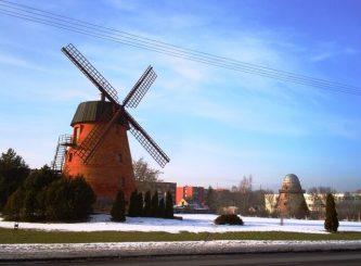 """1. """"Deliuvio"""" atkurtas Panevėžio vėjo malūnas, 2015 m. L. Kaziukonio nuotrauka"""