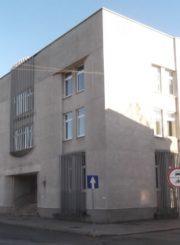 2. Juozo Zikaro namo vietoje pastatytas bankas, dabar VĮ Registrų centras, Panevėžio filialas