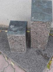 3. Paminklinis ženklas nugriautam Juozo Zikaro namui atminti. Skulptorius A. Vytėnas