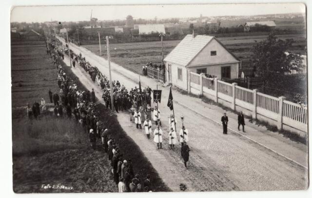 1. Raudonojo teroro aukų laidotuvės Panevėžyje 1941 m. birželio 29 d. J. Žitkaus nuotrauka