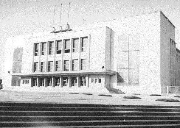 1. Panevėžio sporto rūmai, pastatyti 1965 m. Nuotrauka iš www.miestai.net