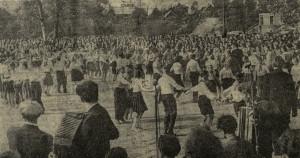 Dainų ir draugystės šventė, vykusi Skaistakalnyje 1962 m. liepos mėn.