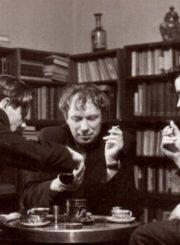 2. Vaclovas Blėdis, Juozas Miltinis ir Donatas Banionis Juozo Miltinio bute teatralų name. Nuotrauka iš www.bernardinai.lt