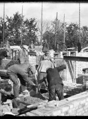3. Panevėžio lenkų gimnazijos statybos vaizdai. Nuotrauka iš Panevėžio kraštotyros muziejaus rinkinių