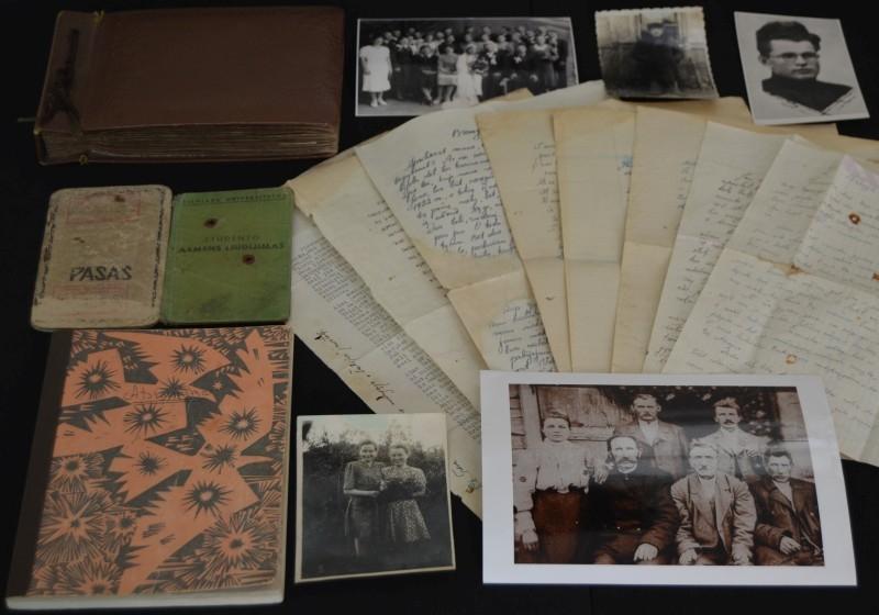 Mamerto Indriliūno šeimos archyvo dokumentai