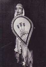 """Pirmasis išėjimas į sceną – Juozas Miltinis statistas Džiuzepės Verdžio (Giuseppe Verdi) operoje """"Aida"""". 1928 m. PAVB FJM-1019"""