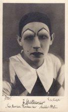 """Juozas Miltinis – Polis L. Andrejevo pjesėje """"Tas, kuriam skaldo antausius"""". 1931–1932 m. PAVB FJM-1019/20"""
