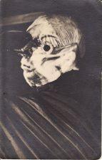 """Aristofano (Aristophanēs) komedijoje """"Paukščiai"""" Atelier teatre Juozas Miltinis vaidino """"nebylų paukštį"""" Voturą. 1934 m. PAVB FJM-861/1"""