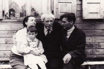 Juozas Miltinis Viekšniuose. Apie 1970 m. PAVB FJM-848/3