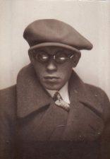 Juozo Miltinio nuotrauka dokumentui, Kauno vaidybos mokyklos laikotarpis. PAVB FJM-809/1