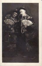 """Scena iš spektaklio """"Princesė Turandot"""". Juozas Miltinis (dešinėje) – Tartalija. 1931 m. PAVB FJM-858/1"""