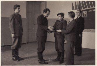 """""""Sidabrinio slėnio"""" repeticija, 1940–1941 m. Juozas Miltinis – antras iš kairės. PAVB FJM-1019/23"""
