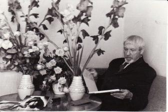 Gastrolių metu Maskvoje (Москва): režisierius Juozas Miltinis švenčia savo 67-ąjį gimtadienį. 1974 09 03. PAVB FJM-1015/37
