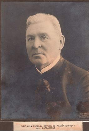Kunigas Jonas Karbauskas. Nuotrauka iš Panevėžio kraštotyros muziejaus rinkinių