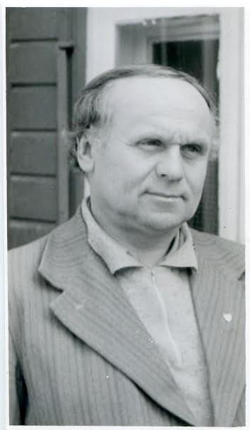 1. Poetas Juozas Mėdžius. Nuotrauka iš Panevėžio apskrities G. Petkevičaitės-Bitės viešosios bibliotekos Retų knygų ir rankraščių skyriaus rinkinių
