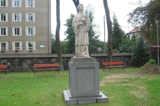 1. Šv. Aloyzo paminklas šiandien. L. Kaziukonio nuotrauka