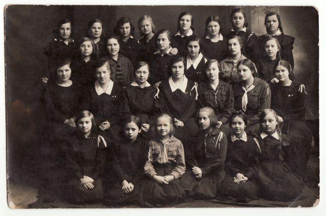 Panevėžio mokytojų seminarijos skautės. 1926 m. Nuotrauka iš A. Gedeikio kolekcijos