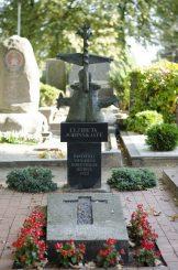 Elžbietos Jodinskaitės antkapinis paminklas. Astos Rimkūnienės nuotrauka
