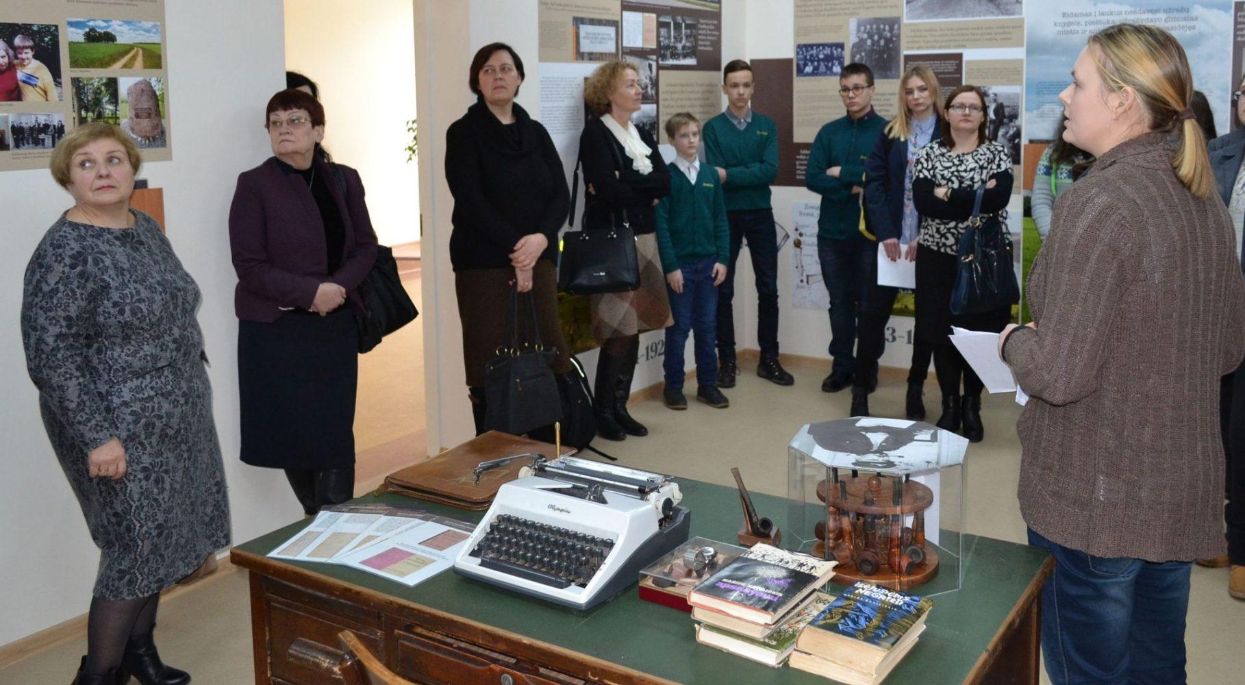 Rašytojo Mariaus Katiliškio atminimo kambarys Pasvalio Mariaus Katiliškio viešojoje bibliotekoje