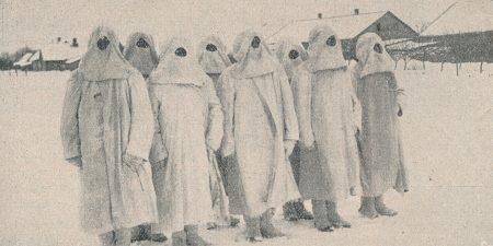 Žvalgomasis patrulis moderniškai pasiruošęs žvalgybon. A. Patamsio nuotrauka iš: Karys. 1931, nr. 12, p. 235