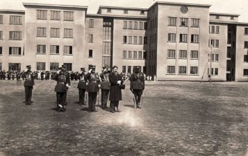 LR prezidento Antano Smetonos sutikimas Pajuosčio kareivinėse. 1932 05 29. A. Patamsio nuotrauka. PKM GEK 25470