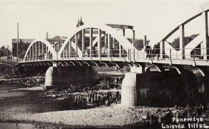 Laisvės tiltas Panevėžyje. 1928 m. A. Patamsio nuotrauka. PKM GEK 19012