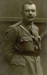 Majoras, pedagogas, dailininkas Pranas Giedravičius. [Panevėžys]. 1921 m. PAVB F12-255