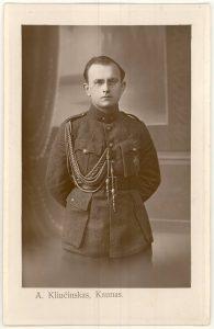 Karininkas Vincas Jonuška. Kaunas. [Apie 1922 m.]. PAVB F140-16