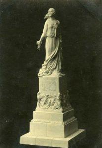 Nepriklausomybės paminklo projektas Panevėžio miestui. Skulpt. Juozas Zikaras. 1925 m.