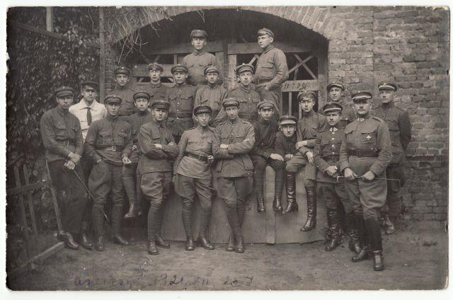 1. Aštuntasis pėstininkų Kauno kunigaikščio Vaidoto pulkas Panevėžyje. 1921 m. Nuotrauka iš privačios kolekcijos
