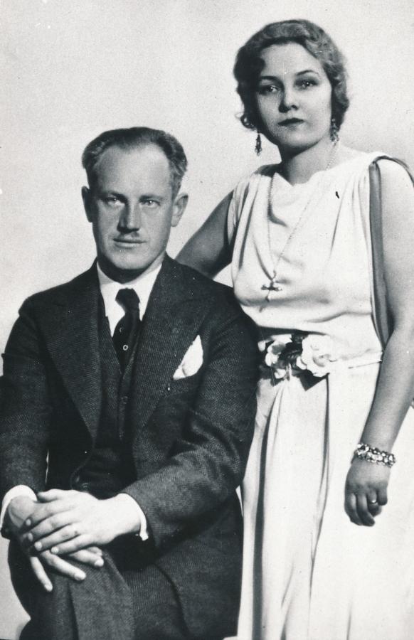 Petras Babickas su seserimi Une Babickaite-Graičiūniene. Paryžius, 1934 m.