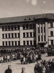 2. Pradinė mokykla, pastatyta 1940 m. Nuotrauka iš privačios kolekcijos